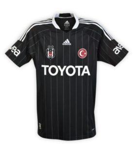 Beşiktaş 2011-12 Siyah Forma